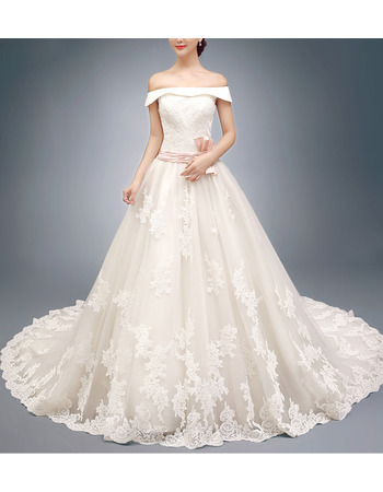 Gorgeous A-Line Off-the-shoulder Appliques Tulle Wedding Dresses with Long Train