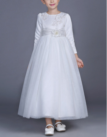 Classic Satin Tulle Little Girls First Communion Dresses with Long Sleeves and Beaded Applique