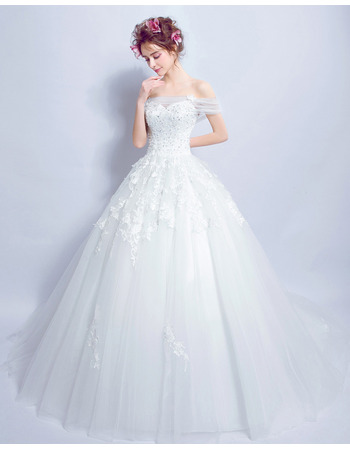 Ultra-feminine Beaded AppliquesOff-the-shoulder Chapel Train Tulle Wedding Dresses