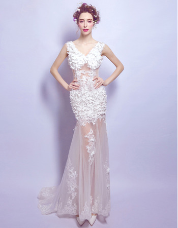 Sexy Alluring Floral Applique V-Neck Tulle Wedding Dress with Illusion Bodice