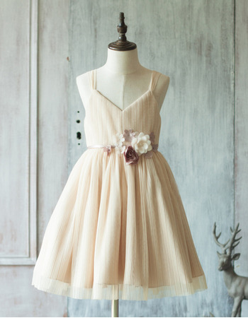 Discount Charming Spaghetti Straps Knee Length Chiffon Flower Girl Dresses with Hand-made Flowers