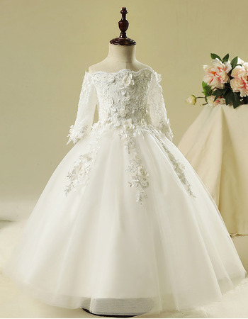 Gorgeous Ivory Ball Gown Off-the-shoulder Appliques Tulle Flower Girl Dresses with Sleeves