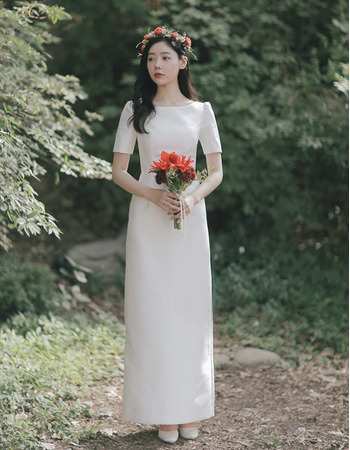 Vintage Simple Column Bateau Neckline Satin Wedding Dresses with Short Sleeves