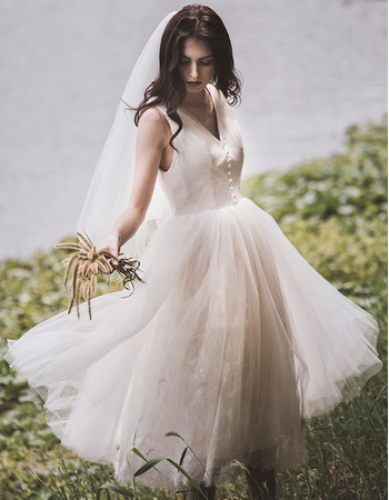 Perfect V-neck Tea-Length Tulle and Lace Summer Beach Wedding Dresses