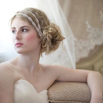 Delicate Gorgeous Crystal Wedding Jewelry Hair Accessory/ Bridal Headband/ Wedding Headpiece