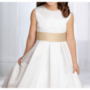 Unique Pretty Ball Gown Satin First Communion Flower Girl Dresses with Ruffled Layered Skirt Back