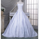 Luxurious Ball Gown Sweetheart Chapel Train Taffeta Wedding Dresses