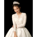 Elegantly Pearl Beading Lace Bodice Wedding Dresses with Satin Skirt